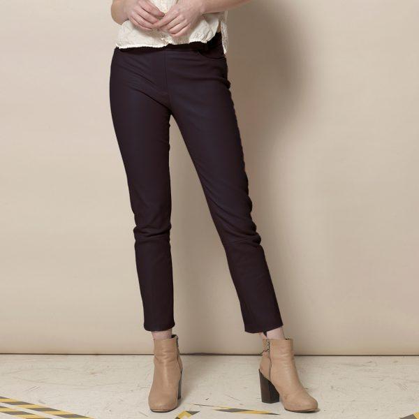 Modische Verkürzte Stretch Lederhose mit geradem Bein