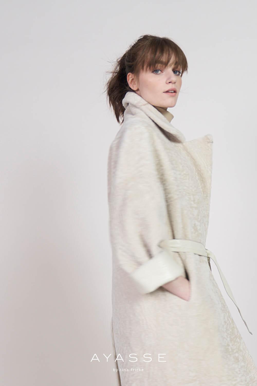 Lammfell Mantel weiss Grazia von Ayasse online kaufen - herbst winter 2021